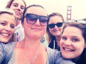 group selfie gg